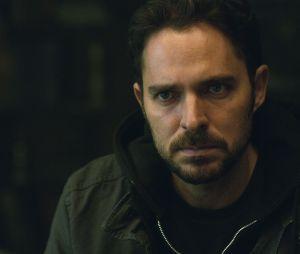 """Na 2 temporada de """"Quem Matou Sara?"""", Alex (Manolo Cardona) descobre mais do passado da irmã"""