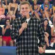 """Luciano Huck não é mais apresentador do """"Caldeirão"""" e programa será exibido aos domingos"""