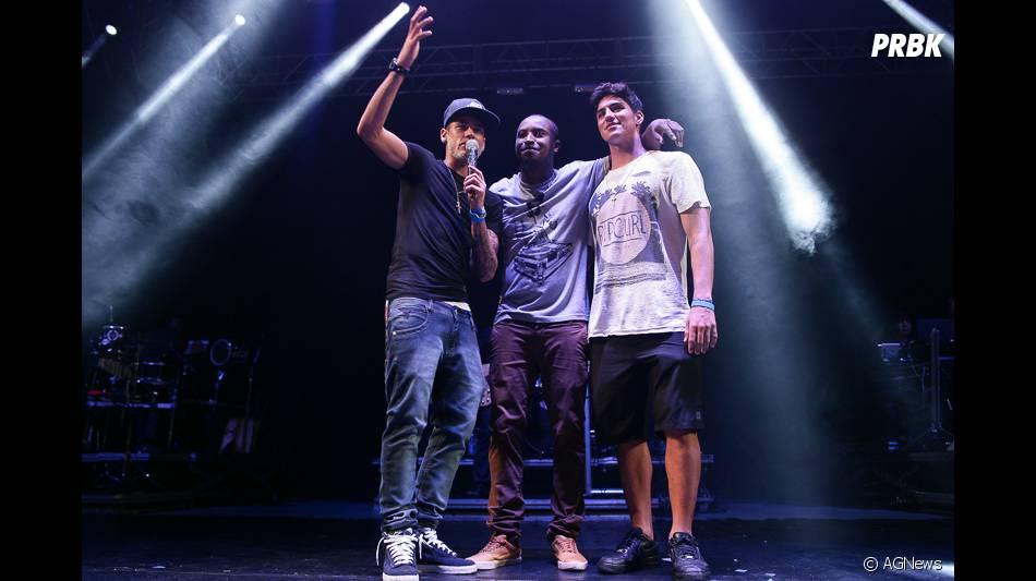 373aff4e5ec Neymar Jr. e Gabriel Medina curtiram o show do Thiaguinho nesse  amp uacute