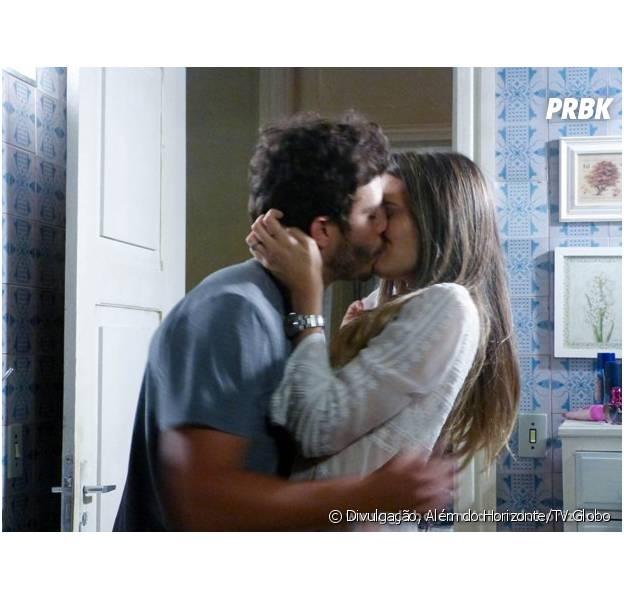 """William (Thiago Rodrigues) e Lili (Juliana Paiva) vão se beijar em """"Além do Horizonte""""!"""