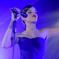 """Rihanna tem suposta música de seu novo álbum """"R8"""" vazada na internet!"""