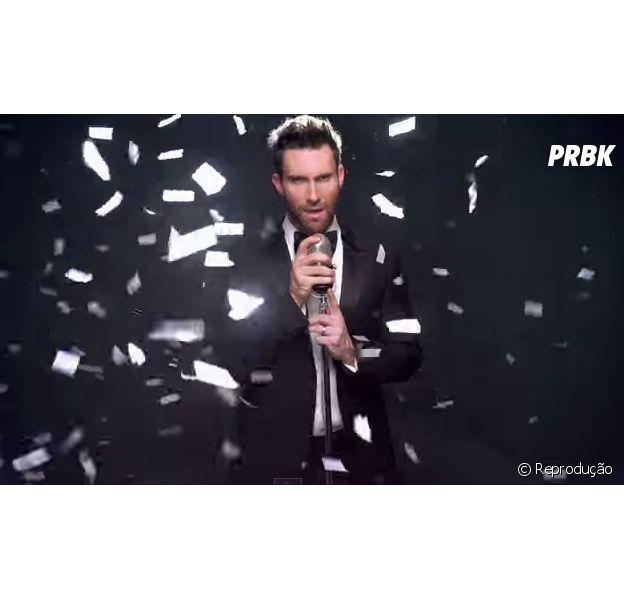 """Adam Levine e Maroon 5 no clipe """"Sugar"""""""