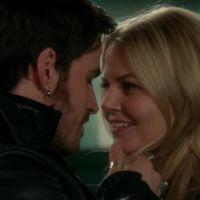 """Em """"Once Upon a Time"""": Na 4ª temporada, Hook e Emma se aproximam mais ainda!"""