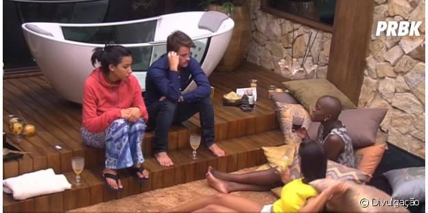 """Rafael, Angélica, Talita e Amanda reclamam sobre Fernando e Aline no """"BBB15"""""""