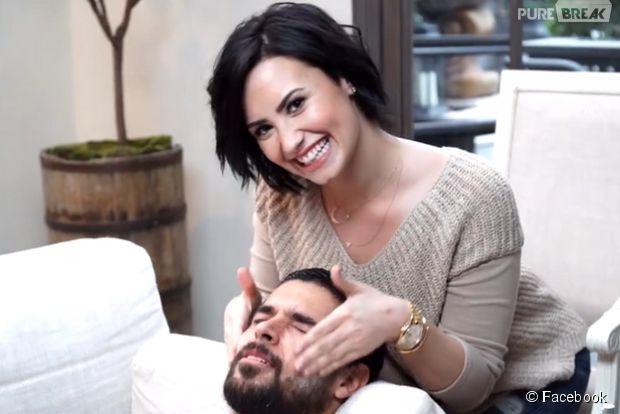Demi Lovato e Wilmer Valderrama aparecem em vídeo hilário no Facebook em clima de Valentine's Day
