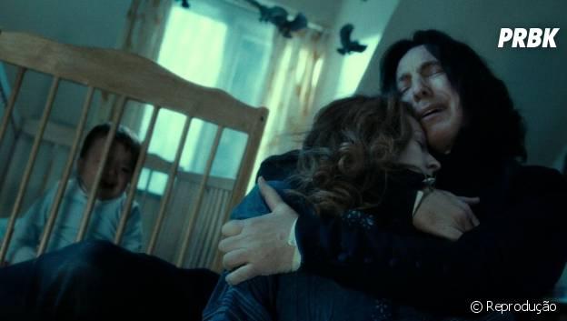 """Snape (Alan Rickman) sempre foi apaixonado por Lily (Geraldine Somerville) e sofreu muito quando ela morreu em """"Harry Potter"""""""
