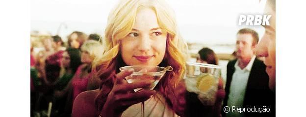 """Emily com seu olhar fatal em """"Revenge"""""""