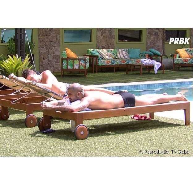 """Diretamente de """"BBB15"""", Fernando pede para que Rafael converse com Aline fora da casa"""