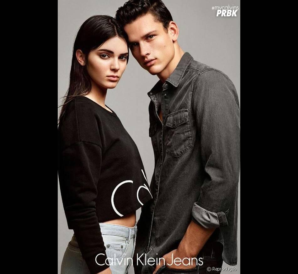 Kendall Jenner e modelo para a campanha #mycalvins da Calvin Klein