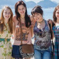 """""""Confissões de Adolescente"""" com Sophia Abrahão e Malu Rodrigues ganha primeiro trailer"""