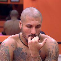"""No """"BBB15"""": Fernando comenta sobre Aline e namoro com a loira: """"Eu senti algo muito forte"""""""