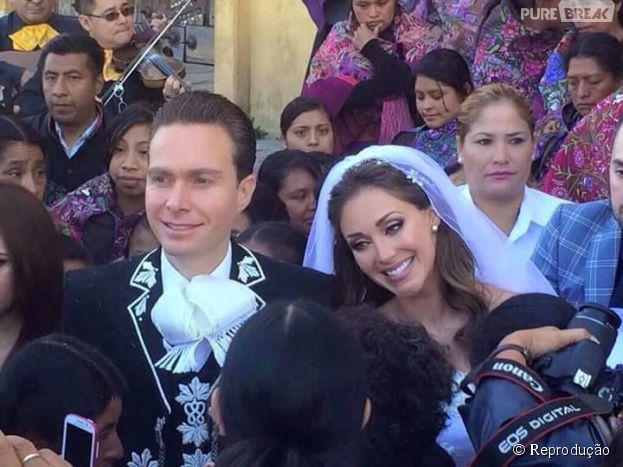 A ex-RBD Anahi se casa com Manuel Velasco, governador do estado mexicano de Chiapas, se casa no México