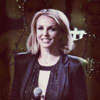 "Britney Spears cancela show da ""Piece of Me Tour"" em Las Vegas por causa de tornozelo machucado"