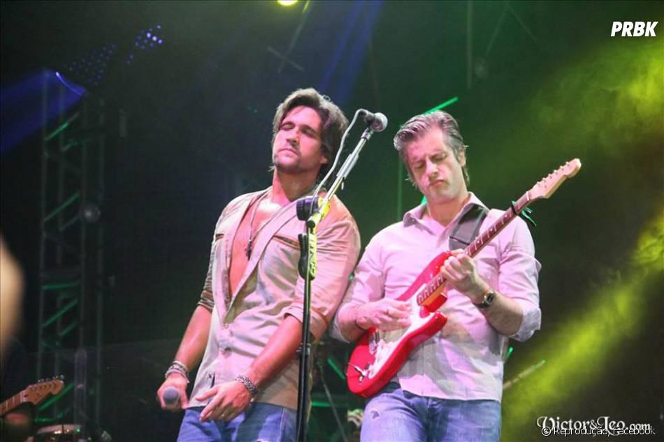 """""""Noite Feliz"""", cantada por Victor & Leo, é a última música do""""Natal Em Família"""""""