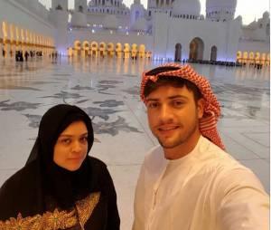 Rodrigo Godoy e Preta Gil fizeram questão de publicar a visita a mesquita nas redes sociais