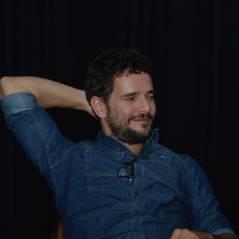 """Daniel de Oliveira promove filme """"Sangue Azul"""", em meio a boatos de crise com Sophie Charlotte"""
