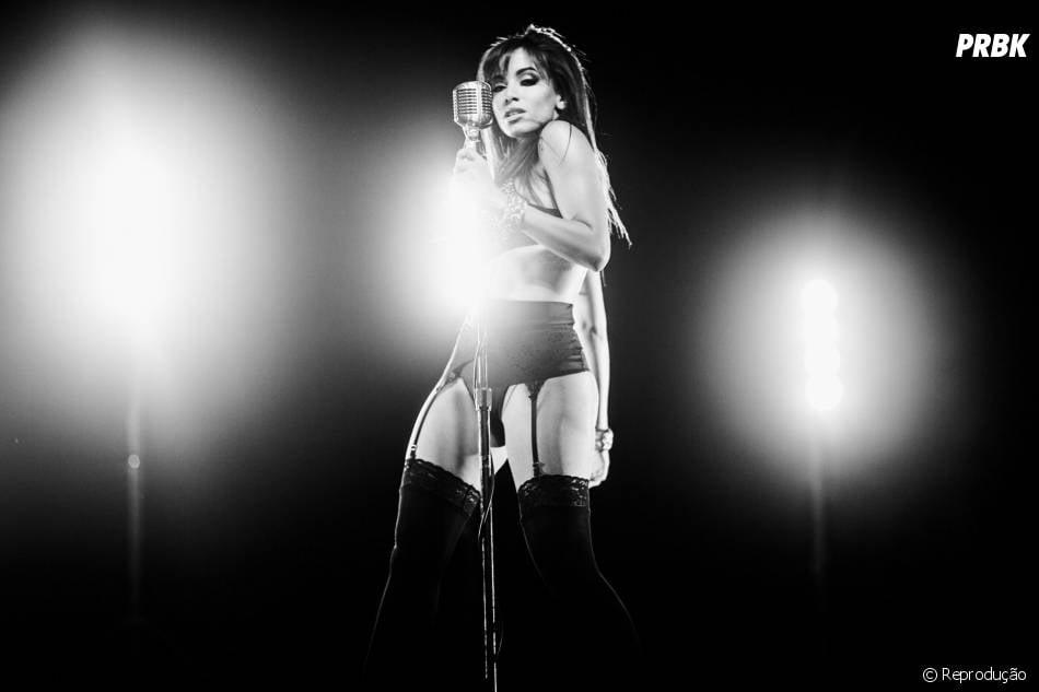 Deixar todo mundo babando é o que Anitta sabe fazer de melhor