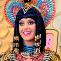 "Katy Perry, com ""Dark Horse"", deixa Taylor Swift para trás e bate recorde inédito no VEVO!"