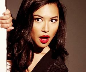 """Naya Rivera, de """"Glee"""", anuncia lançamento de livro"""