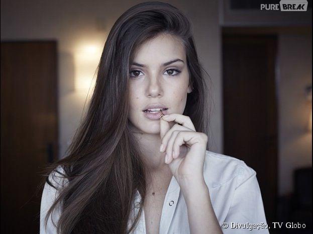 """Camila Queiroz comenta cenas de nudez e sexo em """"Verdades Secretas"""""""