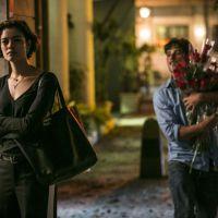 """Novela """"Babilônia"""": Murilo vai atrás de Alice (Sophie Charlotte) e faz loucura de amor pela garota!"""