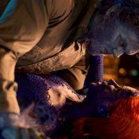 """Jennifer Lawrence e Nicholas Hoult protagonizam cena quente em """"X-Men: Dias de Um Futuro Esquecido"""""""