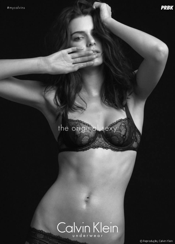 Kendall Jenner também sensualiza de lingerie para sessão de fotos da Calvin Klein
