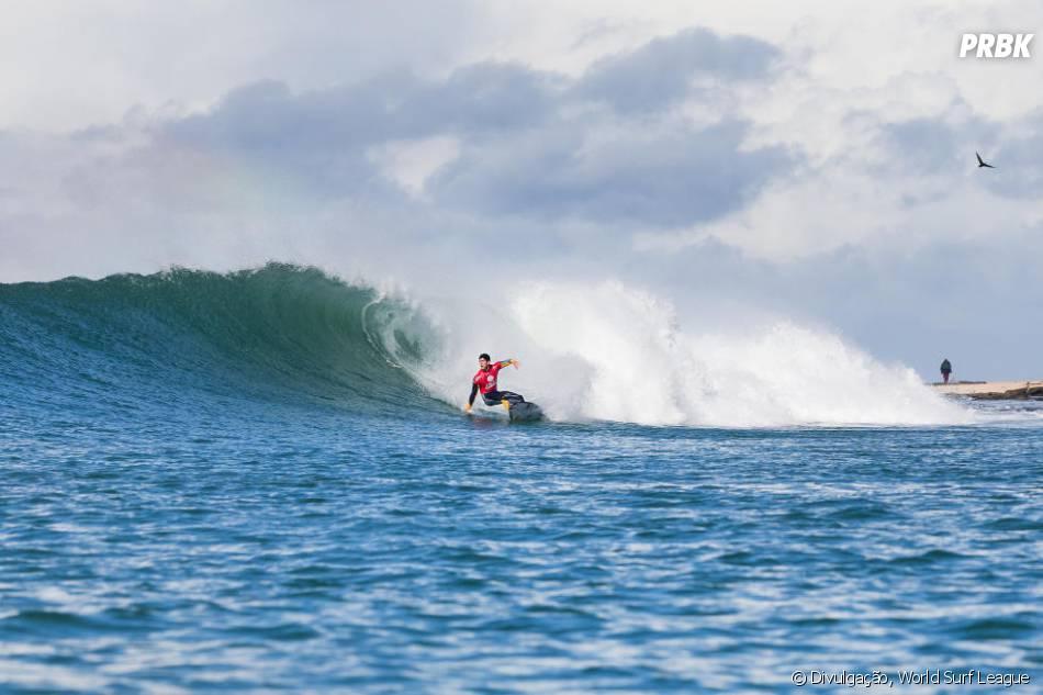Circuito Mundial De Surf : Medina escapa da zona de rebaixamento no circuito mundial