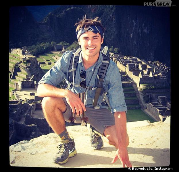 Zac Efron compartilha foto de sua viagem ao Peru