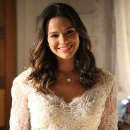 """Novela """"I Love Paraisópolis"""": Mari (Bruna Marquezine) experimenta vestido de noiva e se emociona!"""