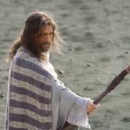 """Novela """"Os Dez Mandamentos"""": Ramsés (Sérgio Marone) pede ajuda de Moisés para combater segunda praga"""