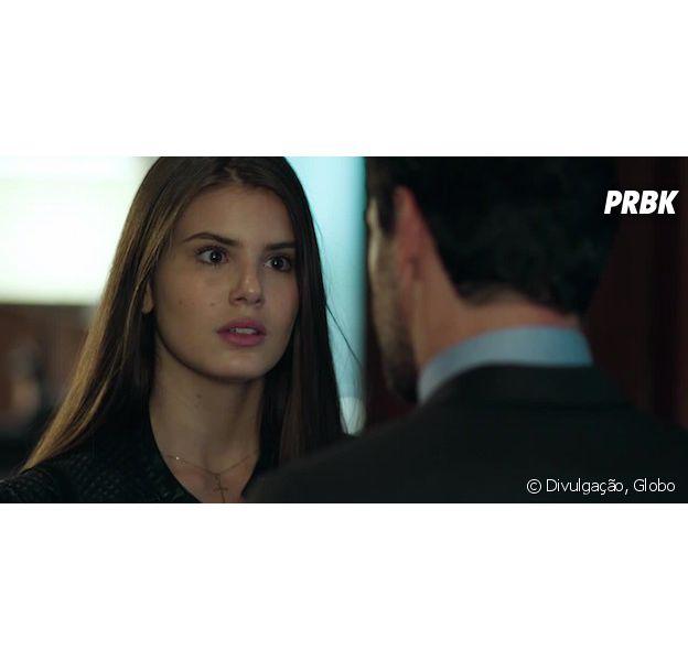 """Alex (Rodrigo Lombardi) se descontrola e bate em Angel (Camila Queiroz) em """"Verdades Secretas"""""""