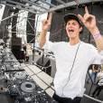 """Ansel Elgort, do filme """"A Culpa é Das Estrelas"""" é DJ profissional e tem um projeto chamado """"Ansolo"""""""