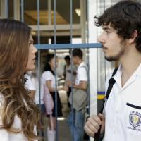 """Novela """"Malhação"""": Alina (Pâmela Tomé) proíbe Luan de contar a verdade sobre acidente!"""