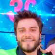 Hugo Bonemer fez selfie antes de subir ao palco Volkswagen do Rock in Rio 2015
