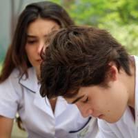 """Novela """"Malhação"""": Luciana (Marina Moschen) e Rodrigo brigam e terminam o namoro de vez!"""