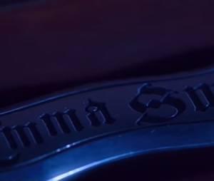 """Em """"Once Upon a Time"""": Rei Arthur (Liam Garrigan) luta por adaga e mais em novo vídeo!"""