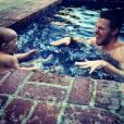 Stephen Amell é uma pai super divertido. Tem como não amar?