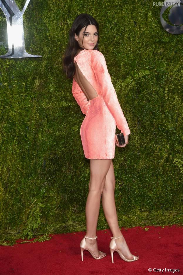 Kendall Jenner completa 20 anos de puro estilo! Veja looks incríveis da it girl