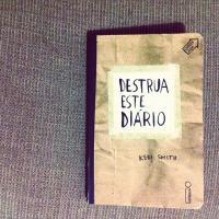 """Sabe o que é """"Destrua Este Diário""""? Livro é a nova sensação entre os jovens!"""