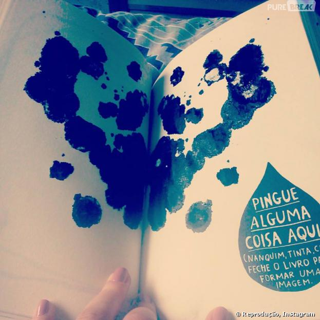 """Uma das missões do """"Destrua Este Diário"""" é sujar de tinta"""