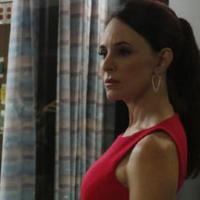 """Em """"Revenge"""": Victoria arma contra Emily depois de acidente"""