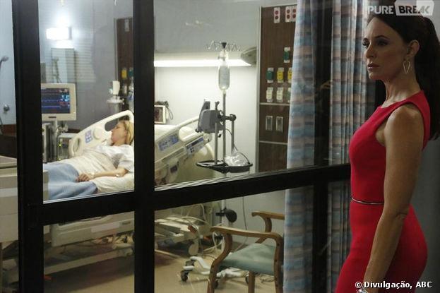 """Emily (Emily VanCamp) será refém de Victoria (Madeleine Stowe) em """"Revenge"""""""