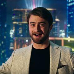 """Daniel Radcliffe em """"Truque de Mestre 2"""": astro de """"Harry Potter"""" arrasa em 1º teaser do filme!"""