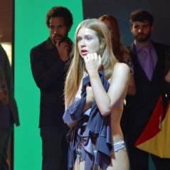 "Novela ""Totalmente Demais"": Eliza (Marina Ruy Barbosa) fica só de calcinha e sai do concurso!"