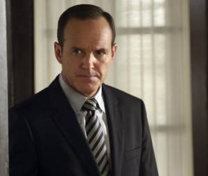 "Em ""Agents of SHIELD"": Coulson (Clark Gregg)  fica abalado com morte brutal!"