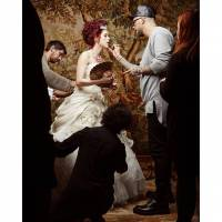 Sophia Abrahão faz ensaio fotográfico inspirado em Maria Antonieta para revista de casamentos!