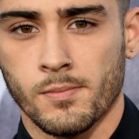 Zayn Malik, ex-One Direction, muda o visual novamente enquanto se prepara para carreira solo