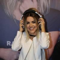 """Manu Gavassi faz a festa com Nah Cardoso, Agatha Moreira e mais em lançamento do novo EP, """"Vício""""!"""