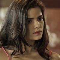 "Novela ""A Regra do Jogo"": Tóia (Vanessa Giácomo) confronta Romero ao descobrir traficante na creche"